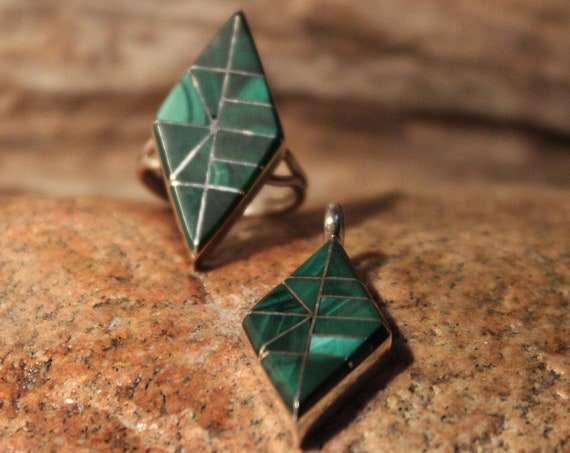 Large Navajo Zuni Sterling Silver Ring Size 5.75 Vintage Sterling Silver Ring & Pendant Set Silver Unisex Malachite  Ring Mens silver Rings