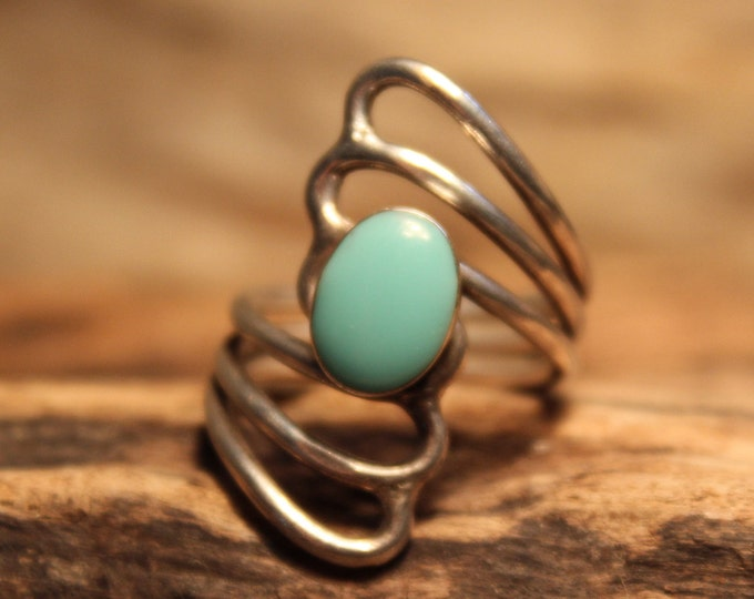 Vintage Large Sleeping Beauty Turquoise Ring Sterling Navajo Native American Ring 8.2 Grams Size 8 Sterling Silver Vintage Turquoise Ring