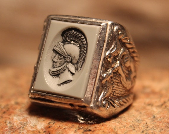 Vintage  Mens Sterling Silver Intaglio Ring Roman Soldier & Mermaid  Ring Sarah Coventry Size 7.5 Heavy 12.1 Grams Mens Roman Soldier Ring