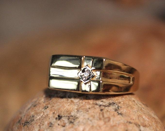 1990's Vintage Mens Diamond Gold Ring 10K Yellow Gold Diamond Ring 4.4 Grams Size 11.5 Mens Wedding Band Gold Rings Mens Diamond Gold Rings