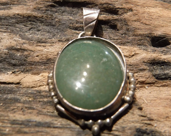 Vintage Navajo Native American Silver Pendant Sterling Silver Green Agate Pendant Necklace 6.8 Grams Vintage Sterling 925 Unisex Pendant