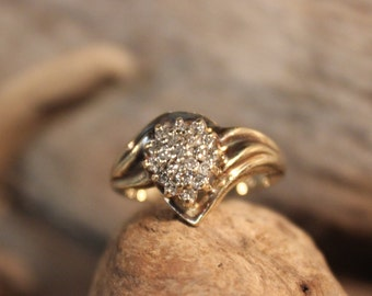 Diamond  Ring 10K Solid Yellow Gold 1/4CT Diamond Ring 3.2 Grams Size 6  Diamond Cocktail Ring Vintage Diamond Rings Womans Diamond Rings