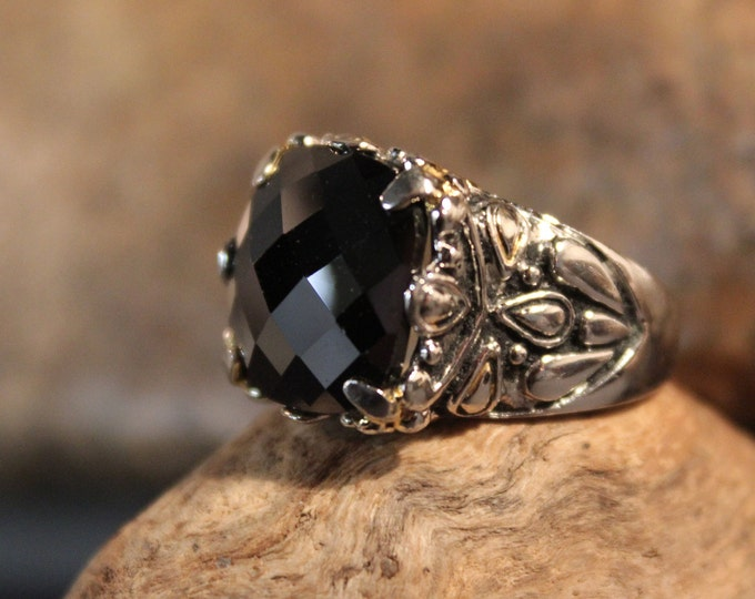Vintage Sterling Silver Black Onyx Ring Mexico 10 Grams Size 7 Large Vintage Ring Womens Mens Rings Vintage Silver ring  Silver Onyx Ring