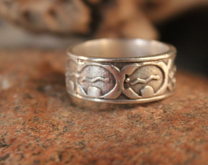 Mens Ring Mexico Large Silver Band Ring Silver Friendship Ring 9.7 Grams Size 10.5 Sterling Mexico Ring Mexico Silver Vintage Mexico Rings