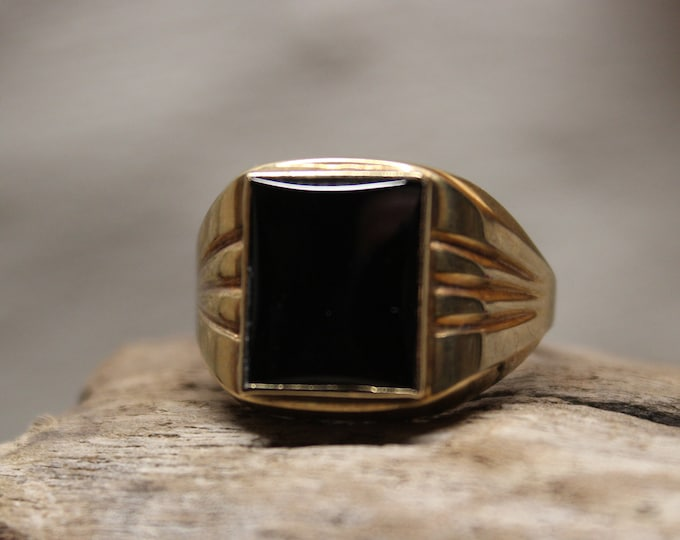 1990's Vintage Mens Solid Gold Onyx Gold Onyx Ring 10K Solid Gold Mens Ring 4.2 Grams Size 10 Mens Onyx Ring Mens 10K Onyx Signet Ring Gold