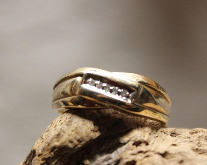1980's Vintage  Mens Vintage Diamond Ring 10K Yellow Gold  Ring 5 Diamonds 4.7 Grams Size 11 Diamond Wedding Band Vintage Gold Ring Diamond