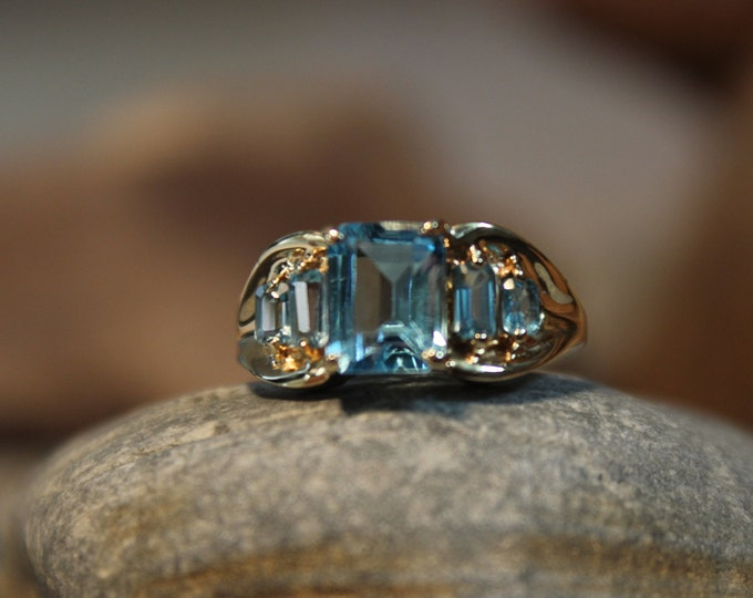 Vintage 10k Solid Gold Emerald Cut Sky Blue Topaz Ring 3.2 Grams Size 7 Yellow Gold Topaz Rings Vintage Blue Topaz Gold Rings Emerald cut