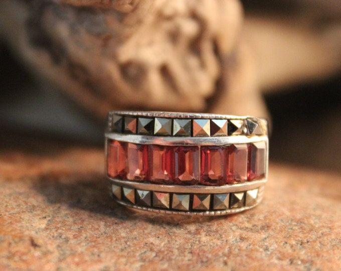 Vintage Red Garnet Marcasite Silver Ring Sterling Silver Ring Size 6.5 Weight 6.3 Grams Ladies Vintage Rings  Vintage Silver Garnet Ring