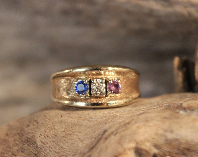 Mens  Diamond  Ring Mens 10K Solid Yellow Gold Diamond Sapphire Amethyst Ring 5.8 Grams Size 8 Mens Diamond Wedding Band Vintage Gold Rings