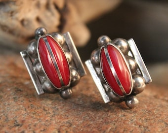 Mexico Vintage Sterling Silver screwback Earrings 7.4 Grams Signed Vintage Silver Earrings Red Jasper Silver Earrings Woman silver Earrings