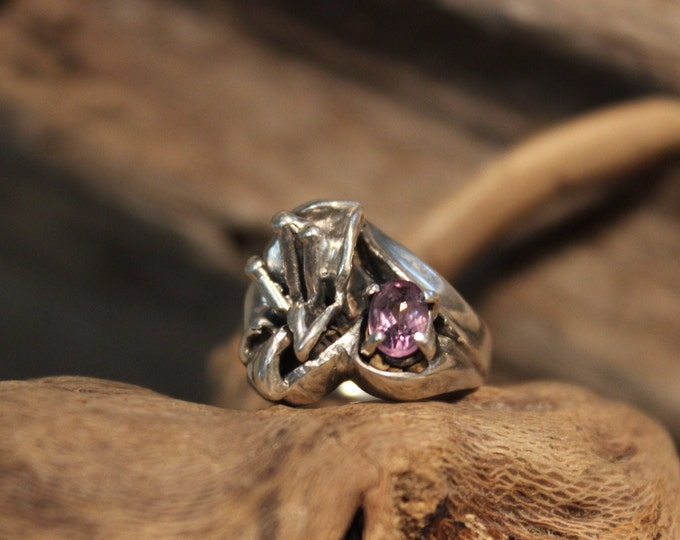 Vintage Modernist Ring Sterling Silver Amethyst Ring Size 4.5 Weight 6.6 Grams Ladies Rings Ladies vintage rings Large Sterling Silver Ring