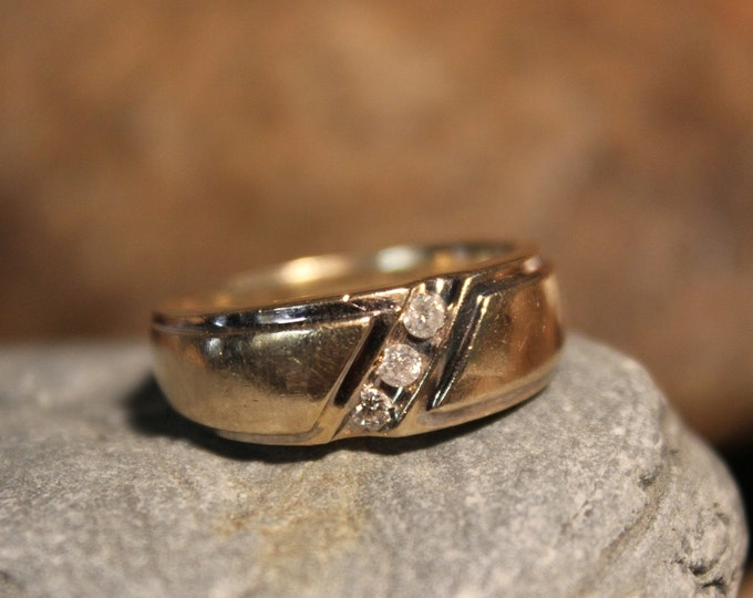 Mens Vintage 1930's Diamond Ring 10K Yellow Gold  Ring 3 Diamonds 5.8 Grams Size 9.5 Mens Diamond Wedding Band Vintage Gold Ring Diamond