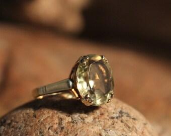 1950's Vintage 9k English Solid Gold 3.5ctw Lemon Citrine Ring 2.8 Grams Size 5 Yellow Gold Citrine Ring  Gold Ring Vintage Citrine Rings