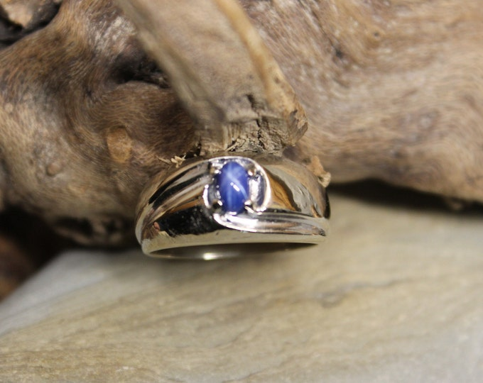 1980's Vintage Blue Star Sapphire Ring 10K Gold Mens Ring 5.5 Grams Size 9 Vintage Mens Sapphire Ring Mens Gold Blue Star Sapphire Ring