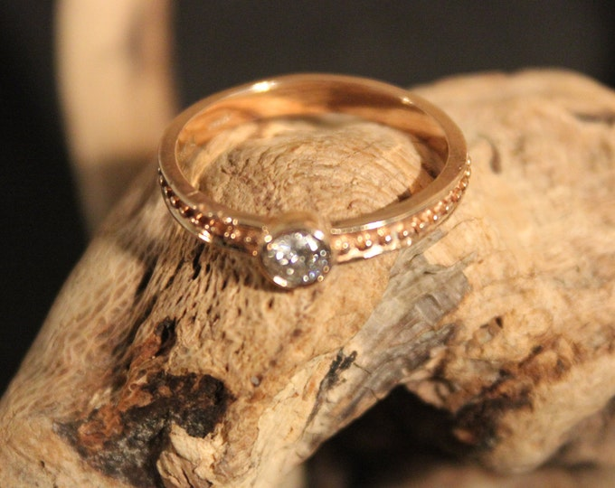 Diamond Solitaire Ring Womans Diamond Ring 14K Rose Gold Diamond Ring Size 7 Vintage Diamond Solitaire Ring Vintage Diamond Engagement Ring