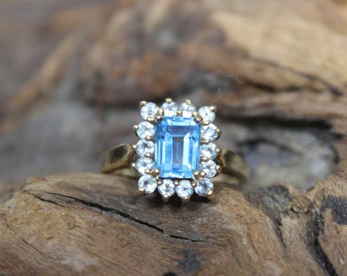 1980's Vintage 10k Solid Gold Blue Topaz Aquamarine Ring 3.1 Grams Size 5 Solid Gold Blue Topaz Ring Gold Ring Vintage Gold Topaz Rings