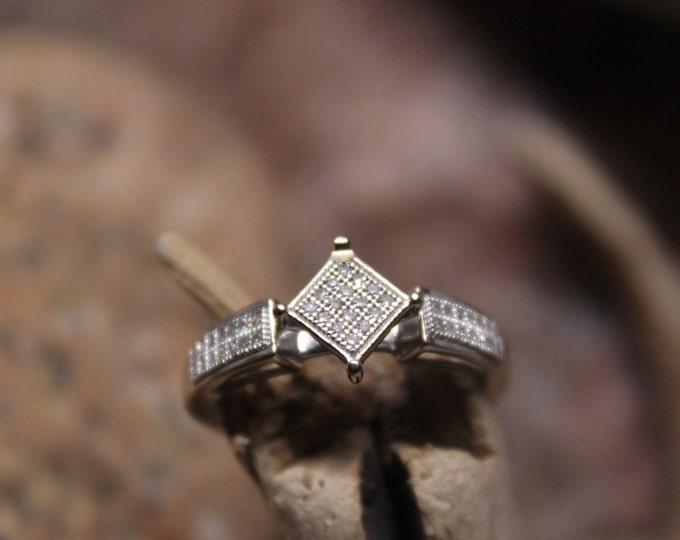 1990's Vintage Diamond Engagement Ring Diamond Ring Solid 10K Gold Diamond Ring 2.3 Grams Size 7  Diamond Ring  Diamond Engagement Ring