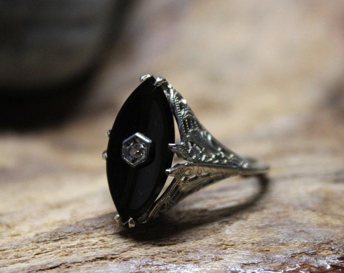 1930's Vintage Deco 14k Solid Gold Onyx Diamond Ring Onyx Gold Ring 3.3 Grams Size 5.75 Gold Onyx Ring Gold Ring Vintage 14K Diamond Ring