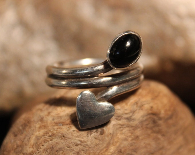 Vintage Sterling Silver Heart Ring Size 7 Vintage Heart Ring 6.7 Grams Silver Rings Vintage Sterling Heart Rings Vintage Silver Heart rings