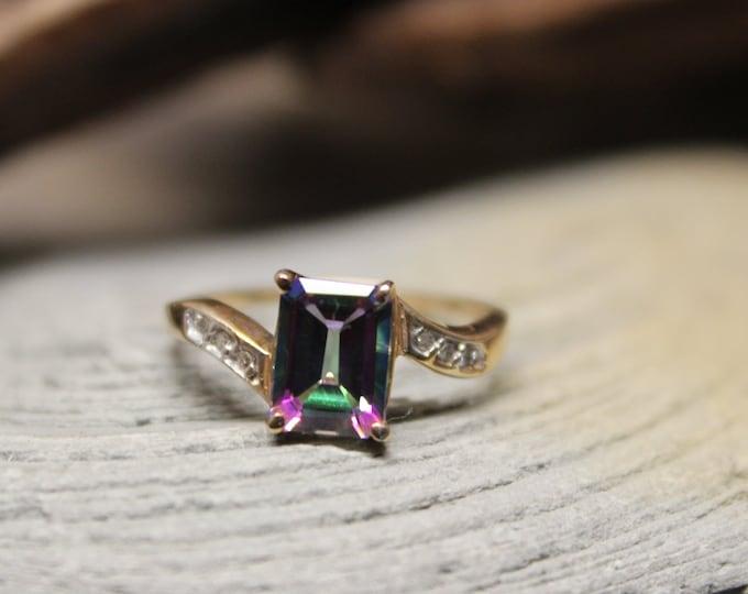 Vintage 10K Gold Mystic Topaz Diamond Ring 2.1 Grams Size 7 Solid Gold Vintage Gold Diamond Ring Vintage 10K Vintage Mystic Topaz Gold Ring