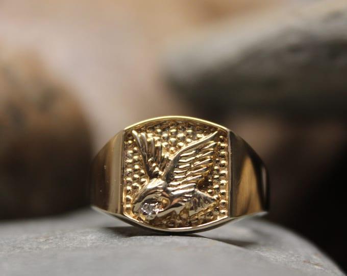 1990's Vintage  Mens Gold Diamond Eagle Ring Men Gold Ring 10K Solid Gold Mens Ring 4.1 Grams Size 10 Mens Eagle Ring Mens 10K Diamond Ring