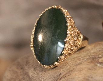 Vintage Large Mens Jade Gold Ring Green Jade Ring 10K Gold Mens Ring 10.6 Grams Size 7.5 Mens Vintage Gold Ring Mens 10K Gold Signet Ring