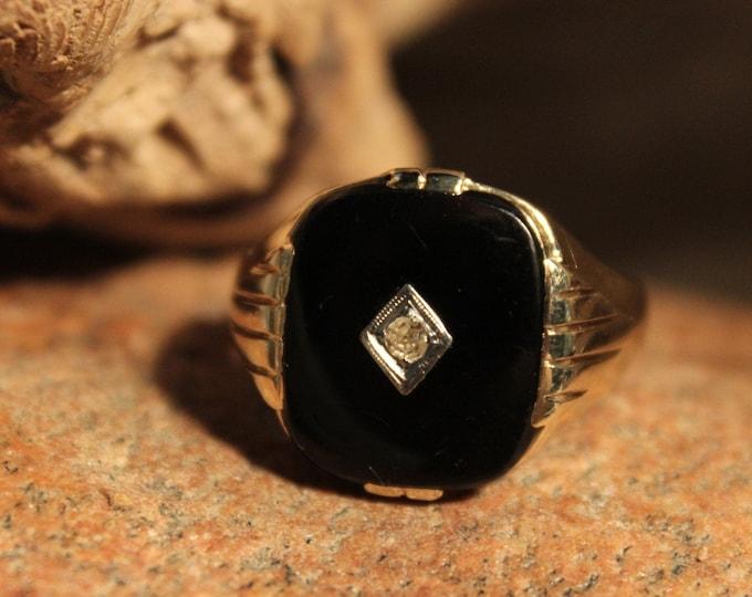 1980's Vintage Mens Onyx Diamond Ring Onyx Gold Ring 14K Solid Gold Mens Ring 6.4 Grams Size 12 Mens Vintage Diamond Ring  Onyx Signet Ring