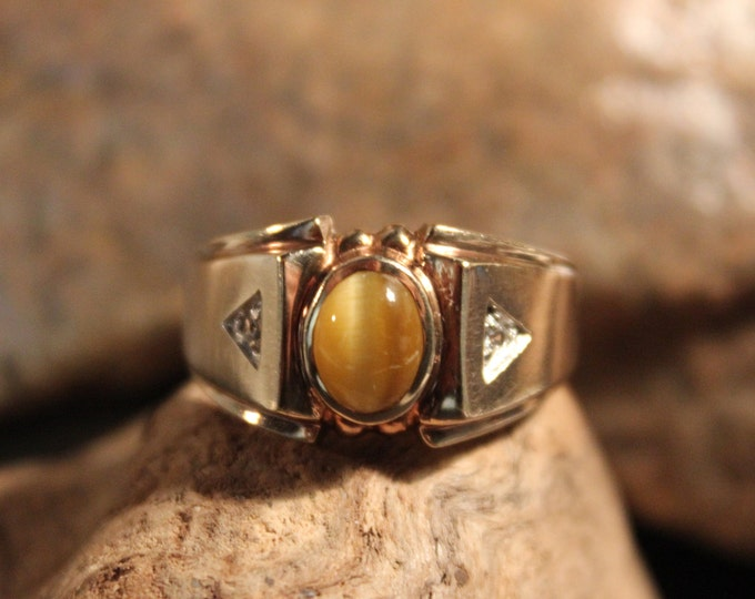 Vintage Mens Tigers Eye & Diamond Ring Size 9.5 Weight 5.4 Grams 10K Solid Gold Mens Ring  Vintage Mens Gold Diamond Ring Mens Vintage Ring