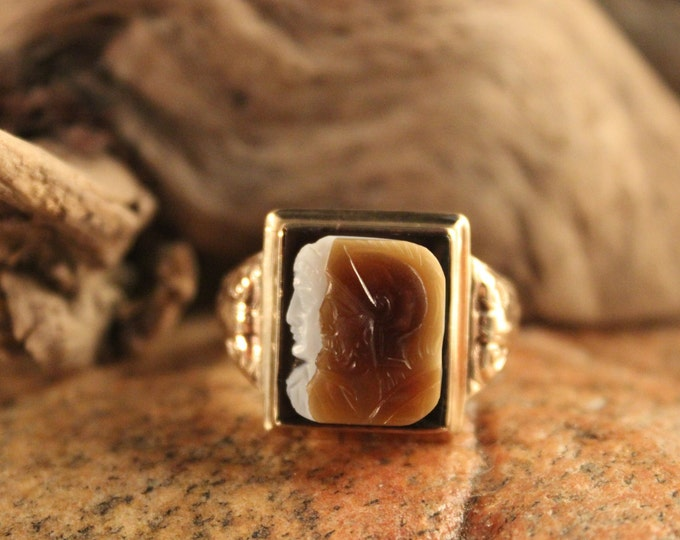 Rare Vintage Mens 10K Solid Gold Roman Soldier Ring 8.8 Grams Size 10 Vintage Lovers Ring Yellow Gold Ring Mens Vintage Gold Onyx Rings