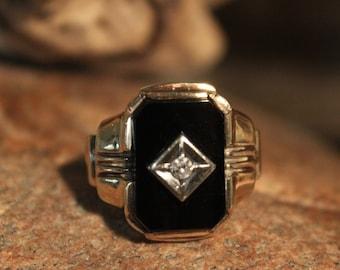 1930's Vintage Mens Diamond Ring Diamond Onyx Ring 10K Solid Gold Mens Ring 5.9 Grams Size 8.5 Mens Vintage Diamond Ring Man 10K Signet Ring