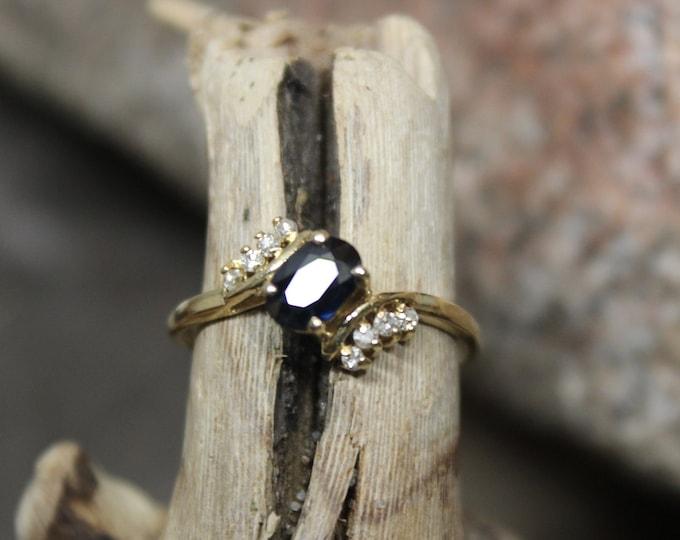 Vintage 10k Gold Sapphire Diamond Ring 1.6 Grams Size 7 Blue Sapphire & Diamond Ring  Vintage Diamond Gold Rings  Vintage Sapphire Diamond