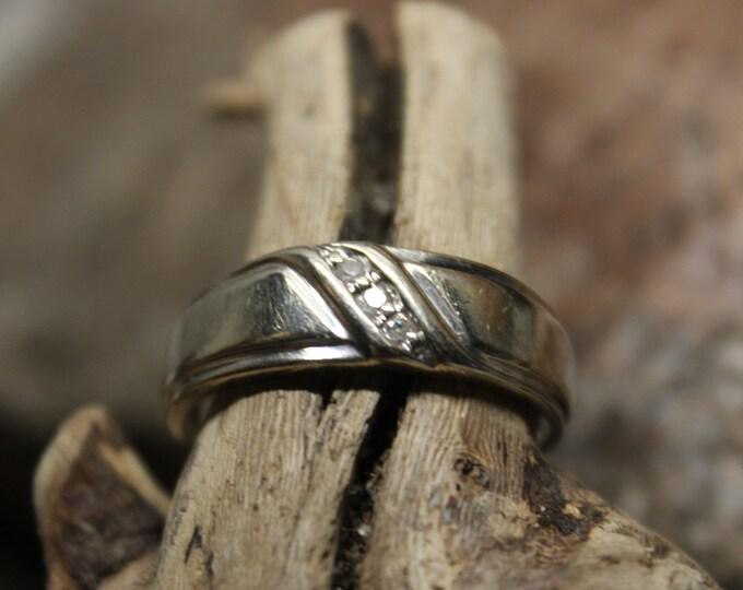 1980's Vintage  Mens Vintage Diamond Ring 10K White Gold  Ring 3 Diamonds 4.3 Grams Size 10.5 Diamond Wedding Band Vintage Gold Ring Diamond