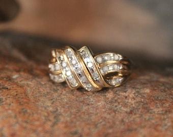 Diamond Ring 10K Solid Yellow Gold  Diamond Ring 4.2 Grams Size 6.75 Diamond Gold Cocktail Ring Vintage Diamond Rings Womans Diamond Rings