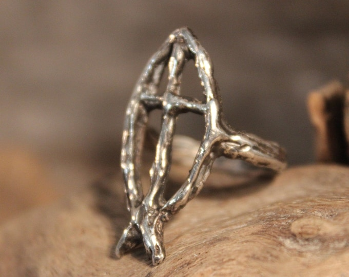 Vintage Sterling Silver Cross Ring 4.7 Grams Size 5.5 Religious Fish Ring Religious Cross Sterling Silver Fish Ring Unisex  Religious Ring