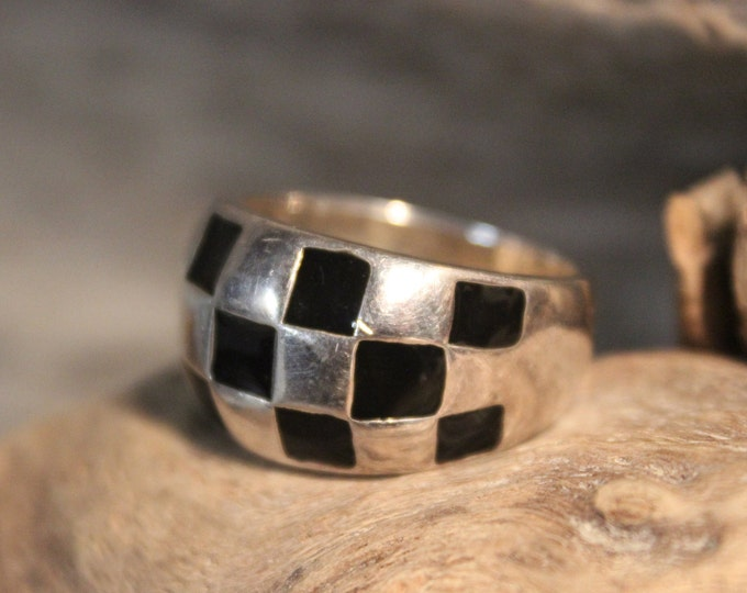 Large Wide Band Dome ring Silver Enamel Ring  10.6 Grams Size 10 Vintage Silver Ring Sterling Silver Black Enamal Ring Mens SilverRing
