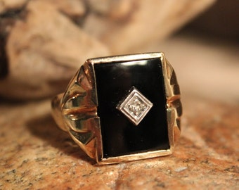 Vintage Large Mens Diamond Ring Diamond Ring 10K Gold Mens Ring Heavy 7.4 Grams Size 10 Mens Vintage Diamond Ring Mens 10K Onyx Signet Ring