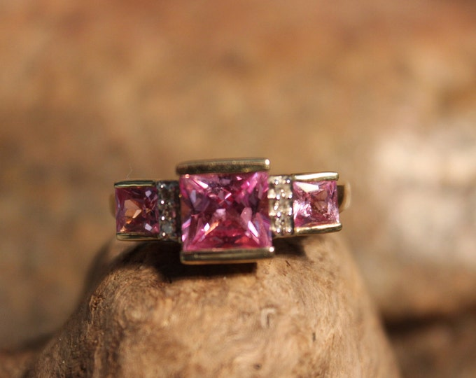 Vintage 10K Yellow Gold  Pink Sapphire & Diamond Ring 10K Gold Princess Cut Sapphire Ring 3.6 Grams Size 7 Vintage Gold Sapphire Ring 10K