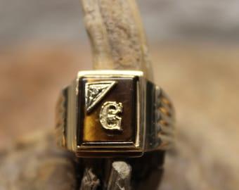Vintage Solid Gold Signet Ring Mens 10K Solid Yellow Gold Ring 5.4 Grams Size 11 Mens Solid Gold Initial Ring Vintage  Rings Men Gold Rings