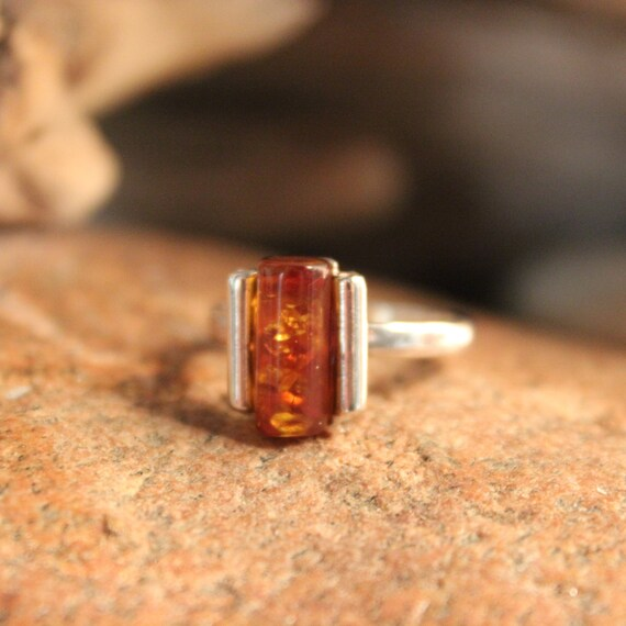 Vintage Sterling Silver Amber Ring Vintage Amber Ring Size 7 Vintage Silver Rings 3.7 Grams Womans Silver Ring Mens ring Unisex Silver Rings