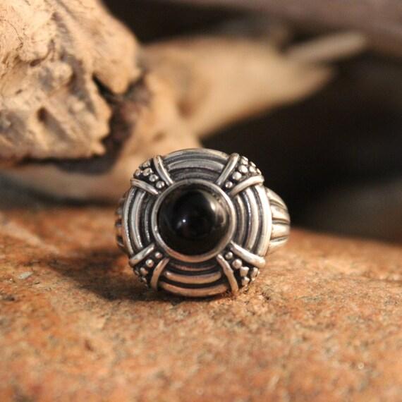 Vintage Celtic Ring Sterling Silver Ring Vintage Mens Ring Silver Vintage Ring 7.5 Grams Size 6 Sterling Silver Onyx Ring Vintage Rings