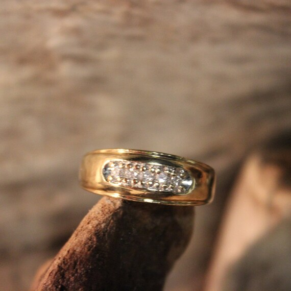 Mens Vintage Diamond Ring Mens 10K Yellow Gold  Ring 5 Diamonds 6.9 Grams Size 10  Mens Diamond Wedding Band Vintage Gold Rings Mens Diamond