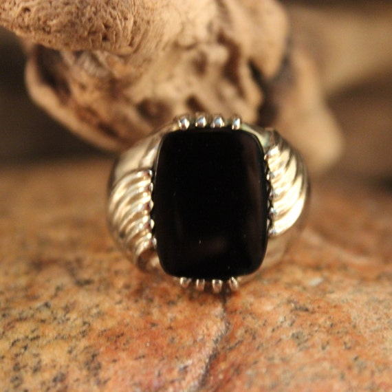 Vintage Large Mens Onyx Gold Ring Onyx Ring 10K White Gold Mens Ring Heavy 6.9 Grams Size 9 Mens Vintage Onyx Ring Mens 10K Onyx Signet Ring