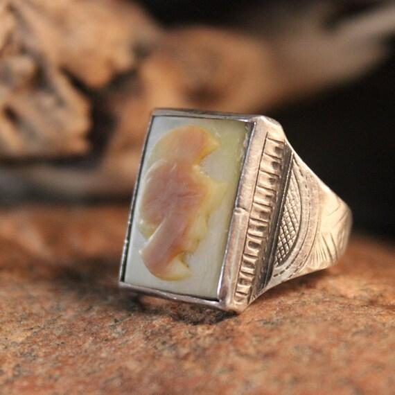Vintage Intaglio Sterling Roman Soldier MOP Ring 8.1 Grams Size 9 Mens Vintage Rings Mens Ring Silver Vintage Ring Mens Soldier Silver Rings