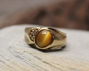 1960's Vintage Mens Tigers Eye & Diamond Ring 6.6 Grams Size 9 Solid Gold Mens Ring  Vintage Mens 10k Gold Diamond Ring Mens Vintage Ring