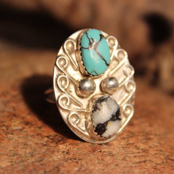 Vintage Silver Ring Large Turquoise Ring Sterling  Silver Navajo Native American 7.3 Grams Size 8.5 Sterling Silver Turquoise  Mens Ring