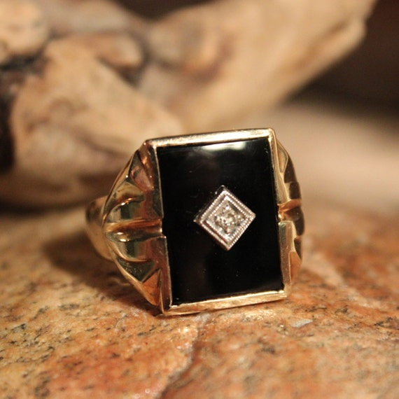 Vintage Large Mens Diamond Ring Diamond Ring 10K Gold Mens Ring Heavy 7.4 Grams Size 10 Mens Vintage Diamond Ring Mens 10K Onyx Signet Ring