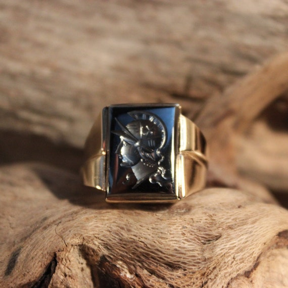 Mens 10K Gold Ring Roman Soldier Ring Size 9 Vintage Mens 10K Gold Hematite Ring 7.8 Grams Roman Cameo  Ring Mens Ring Mens Yellow Gold Ring