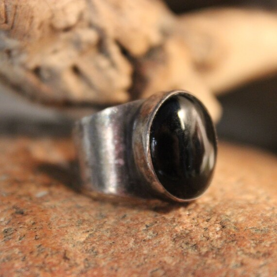 Vintage Sterling Silver Black Onyx Ring Mexico 6.7 Grams Size 7.5 Large Vintage Ring Womens/Mens Rings Vintage Silver ring  Silver Onyx Ring
