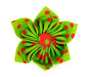 Green and red polka dot collar flower, red polka dot dog bow tie, green christmas cat bow tie, polka dot cat flower, holiday bow tie