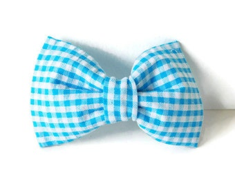 Seesucker blue dog bow tie, blue bow, seesucker collar bow, light blue girl bow, cat bow tie